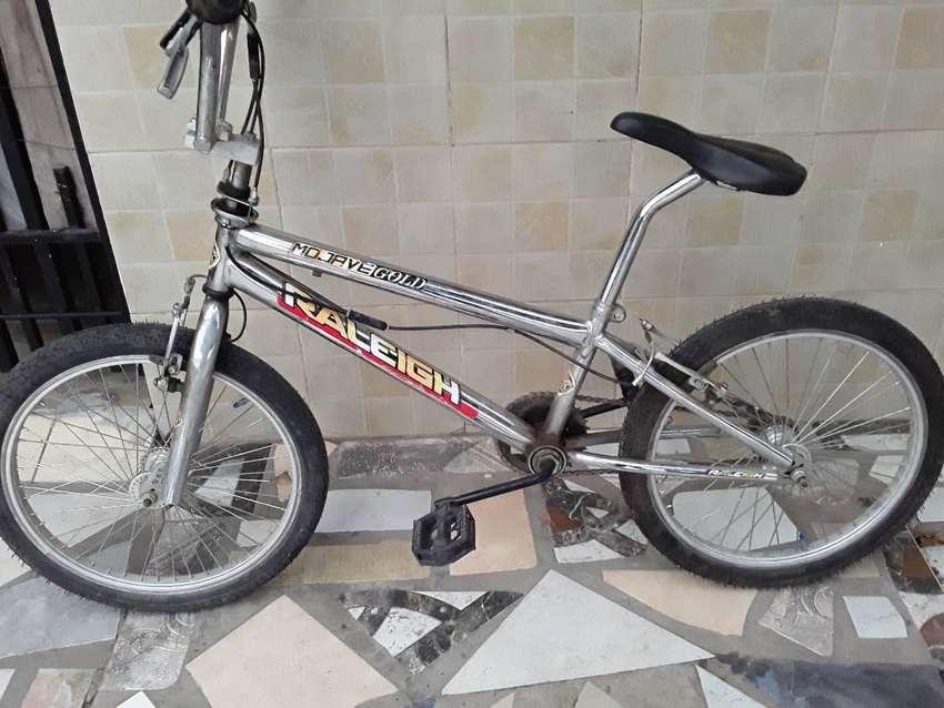 Freestyle BMX Rod20 Raleihg Mohave Gol 0