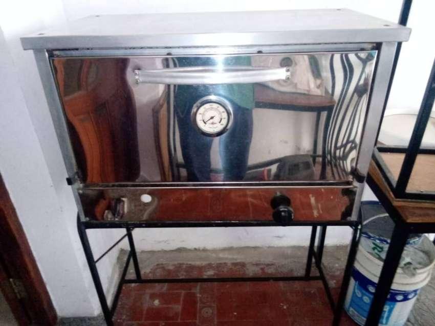 horno pizzero 6 moldes a gas