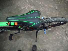Cambio por teléfono  Bicicleta montañera OYAMA aro 29 de 3x7  Metalica libiana