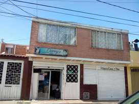 Venta Casa Castilla con locales  Comerciales  y apartamento