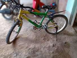 Remato bicicleta de niños