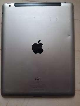 Vendo iPad de 64 GB con ranura para SIM Card, además cuenta con estuche con teclado y cargador original. Libre.