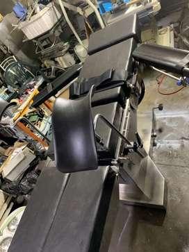 Vendo equipo médico mesa de operaciones barfat eléctrica