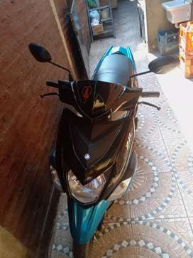 Vendo yamaha zr scooter 115cc. Precio negociable