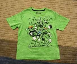 Remera infantil manga corta Tortugas Ninja. Niños de 6 años. Poco uso
