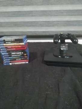 PS4 slim 1T + 14 Juegos