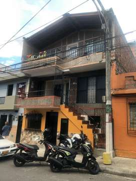 Se Vende Casa con 6 apartamentos total/ Independientes