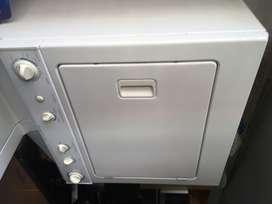 Vendo lavadora secadora frigidaire electrolux