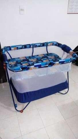 Vendo hermoso corral doble piso en excelente condición para bebe en cali
