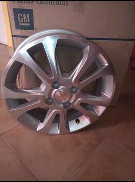 Llanta aleación rodado 15 Chevrolet prisma onix