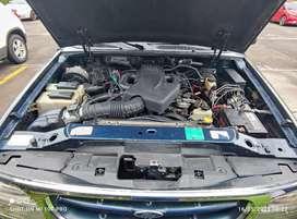 Se vende Ford Explorer XLT Glax importada