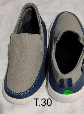 Zapatos niño desde Perú