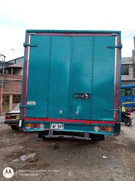 Camión furgonado