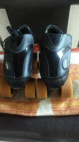 Espectaculares patines hermosos talla 33