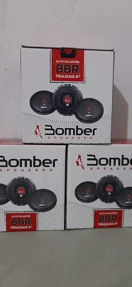 Parlantes Bomber 6 pulgadas