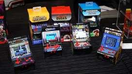 Mini salón de juegos clásico retro con pilas con controlador Gamepad
