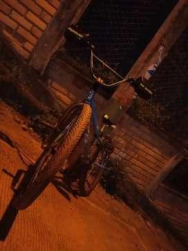 Vendo hermosa bicicleta Rin 26