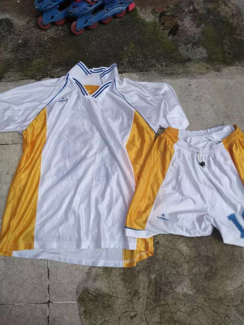 Vendo uniforme en buen estado 0