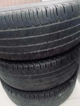 Llantas Michelin 215-65-16