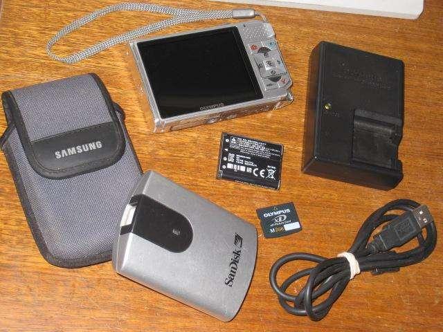 Camara Digital Olympus 7 Mp Super Pantallota De 3 pulgadas 0