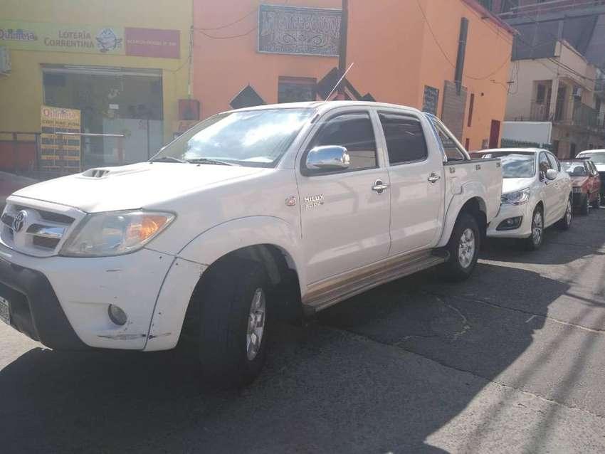 Camioneta Toyota Hilux 0