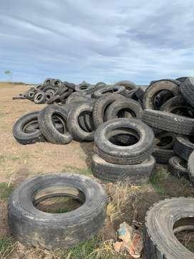 Cubiertas de camiones usadas. Ideal para reciclar caucho