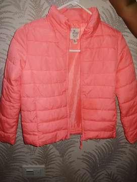 Linda chaqueta rosada marca Place talla7/8