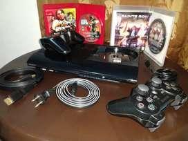 PlayStation 3 SuperSlim +controles y juegos