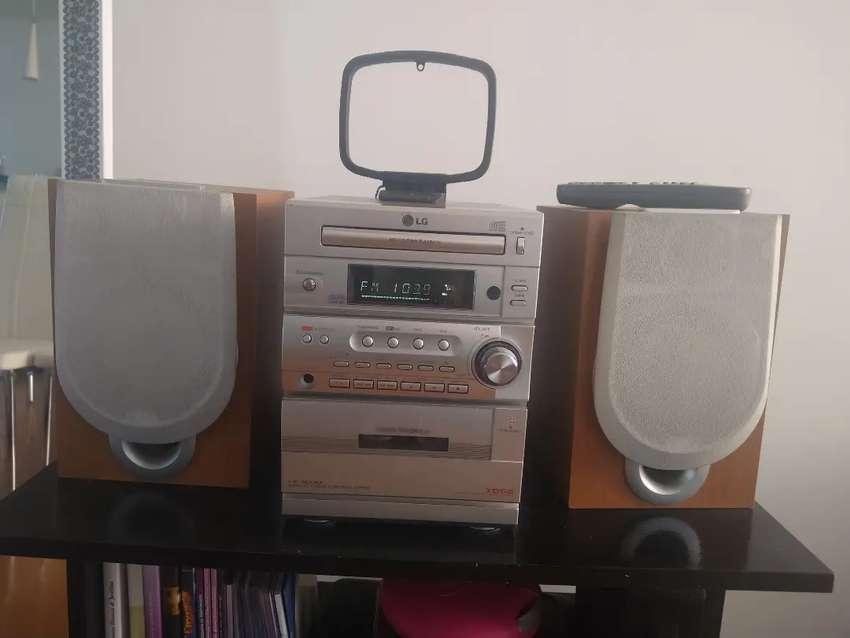Equipo de Sonido LD - MP3 LX M330 Control Remoto 0