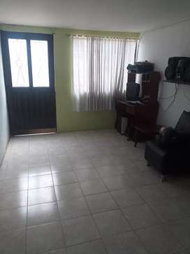 Vendo hermosa casa en cantarana bajo en exlentes condiciones todo al dia