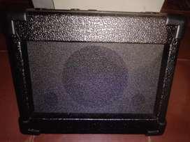 Vendo amplificador para guitarra eléctrica - acústica