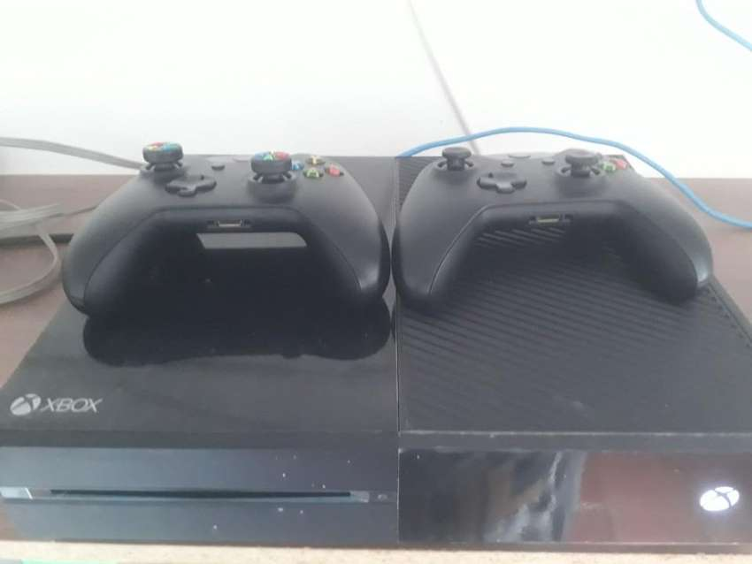 Xbox One  2 Controles 0