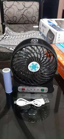 Vendo mini ventilador portable