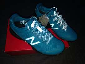 Tenis New Balance 40 V1 Minimus Cross Trainer Originales