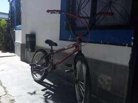 Vendo bicicleta rin 20 piraña en buen estado con muy buenos componentes