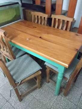 Vendo mesa + 4 sillas