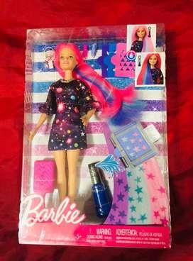 Barbie Sorpresa de Color Se Activa