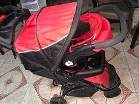 Coche con carga bebe
