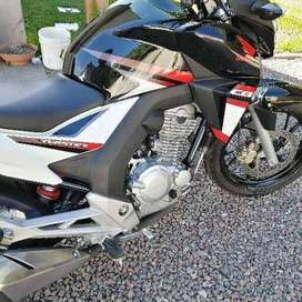 Honda twister 250! Impecable