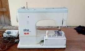 Maquina de coser Elna para reparar