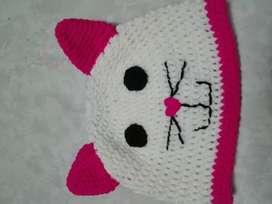 Gorro de gato a crochet para niña