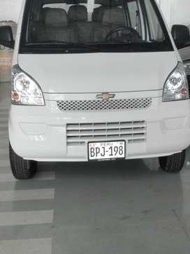 Alquilo Minivan N300