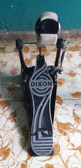 Pedal de Bombo para bateria marca Dixon de segunda