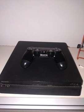 Playstation 4 Slim 500