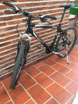 Bicicleta Vairo Xr 3.8 R26. Negra