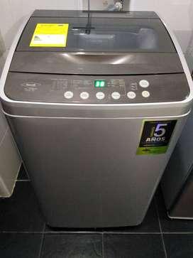 vendo lavadora Haceb 8.5 kg menos de un año funcionamiento