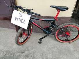 Bicicleta mini montañera