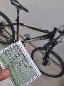 Vendo linda bicicleta Diamondback americana 27.5