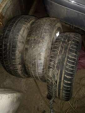 Ruedas de Fiat palio o siena ahí tres nuevitas y una para reparar