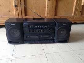 Radio marca Sony doble casetera